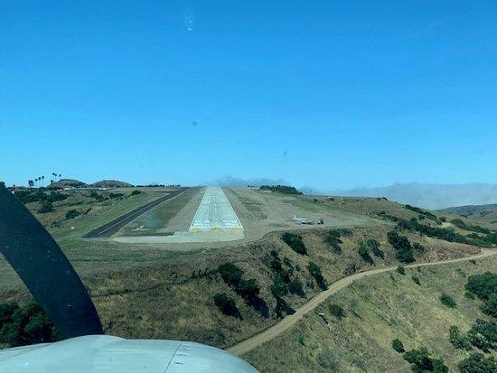 Final Approach to runway 22