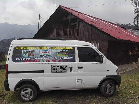 Gama, Kolumbia: El Bejuco Móvil   vehículo disponible para su servicio