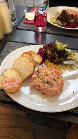 La Pinte Contheysanne: Super tartare de saumon!
