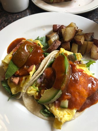 Cozy Cable Car Cafe: Breakfast Tacos