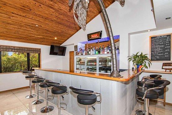 Quality Hotel Marlborough: Hotel bar