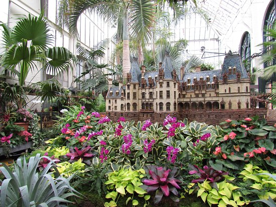 Biltmore Admission with Self-Guided Audio Tour & Lunch: replica