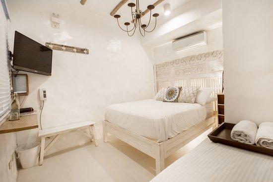 Kallias Room 202