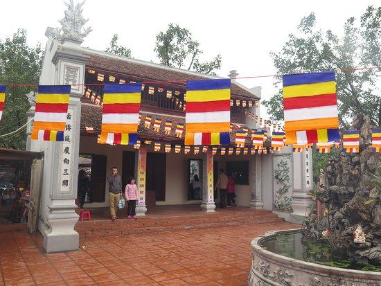 Bia Ba Temple