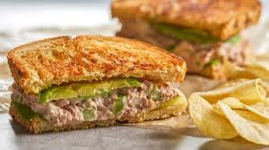 Poon Coffee: Tuna Sandwich