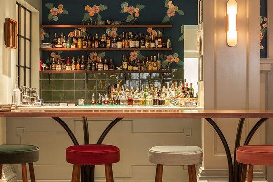 Woodlark: Bar/Lounge