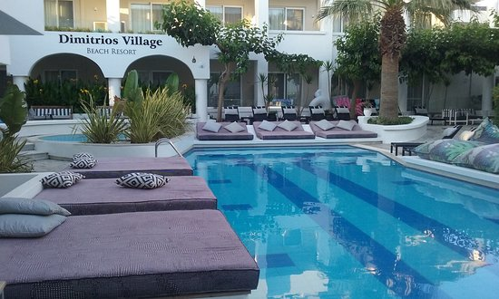One of the 4 swimming pools
