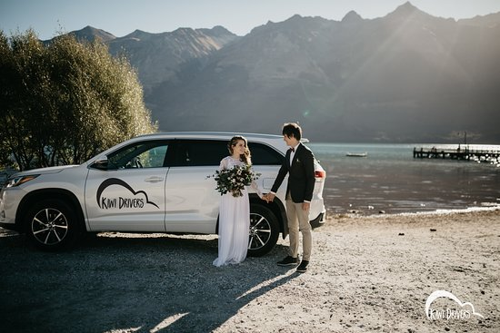 Small group transportation for weddings or tours all over the South Island of New Zealand.