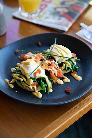 Breakfast - Eggs Atlantic