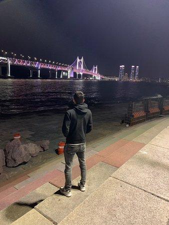 Gwangandaegyo Bridge: Looks amazing at night