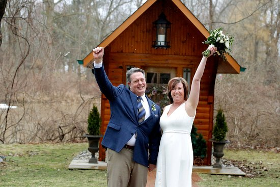 Elope Niagara's Little Log Wedding Chapel: Happy to be married! The Little Log Wedding Chapel is everyone's special place.