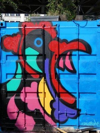 """Fresque """"Coqs en colère"""""""
