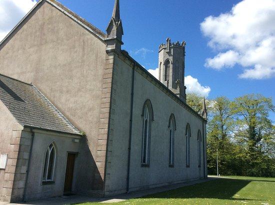 Abbeyleix, Irland: Church side view