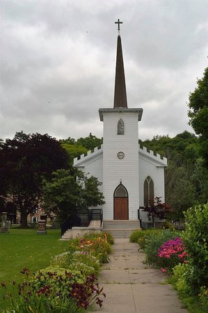 Port Stanley, Canada: Waterfront venue for your wedding, baptism, vow renewal and other special events.