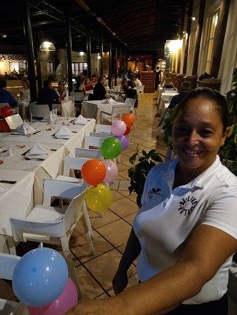 Festejamos el cumple de mi señora, prepararon la mesa¡¡¡