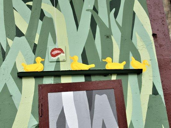 """Fresque """"Un oiseau perché"""""""