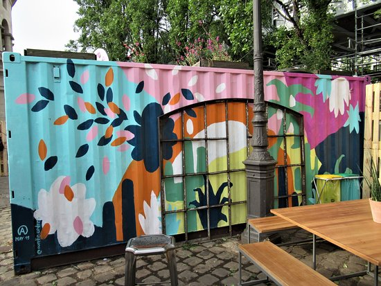 "Fresque ""Decoration sur container"""