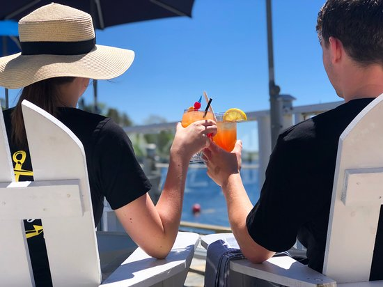 The Rope Loft: Cocktails on the patio
