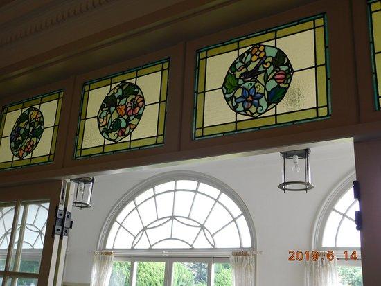 Hatoyama Hall: 邸宅内景観一例