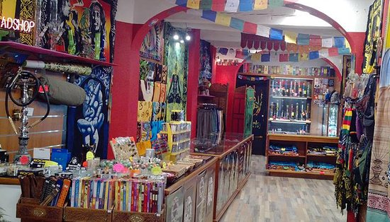 Il Nirvana Headshop