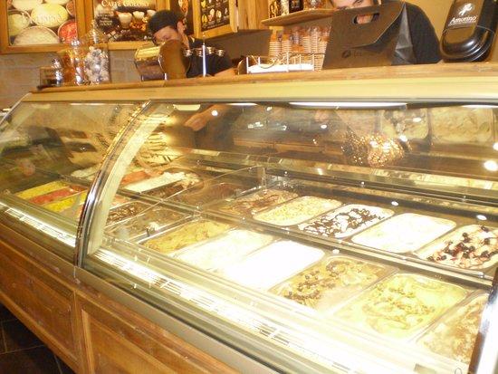 los variados sabores de helados en Amorino