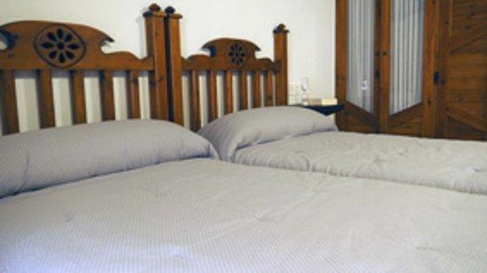 Inguanzo, สเปน: habitación doble cama