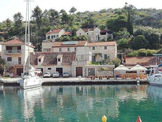 Bobovisca na Moru, Kroatia: Konoba Vala