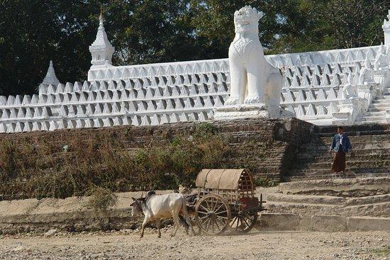 Cartoline da Mandalay, Birmania