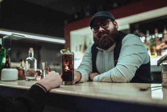 Haus Garden Cafe & Living: Approfittate di questo sabato sera per farvi gli auguri e magari bere qualcosa insieme prima dell'anno nuovo 🔥✌️vi aspettiamo a casa,
