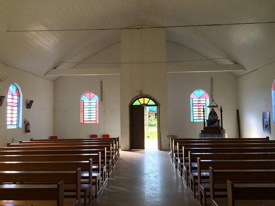 Caraa: Interior da Igreja