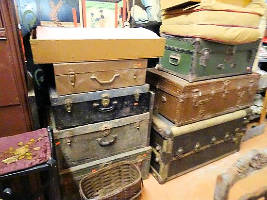 Mary Parker Antiques: inside