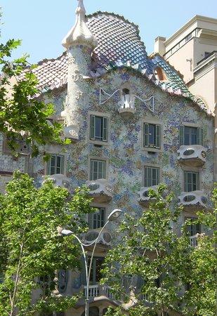 vista de la fachada de la Casa Batlló