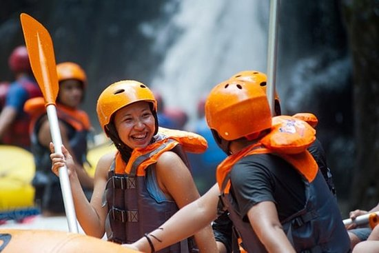 Bali White Water Rafting med Toekad
