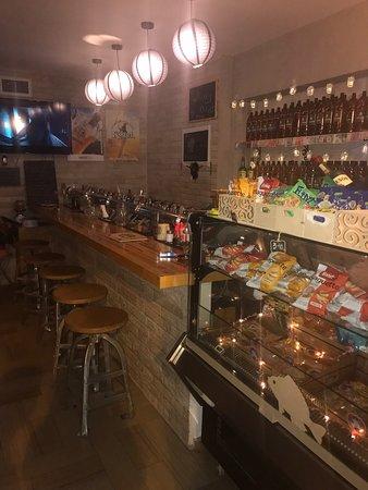 Beer Station Holon: Beer Station Holon