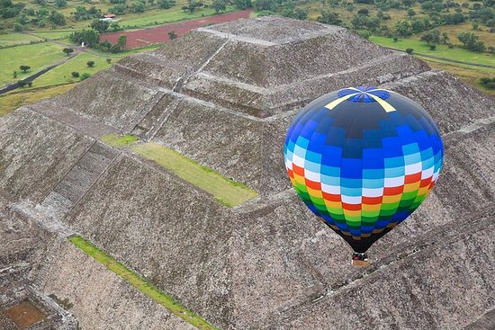 HOT AIR BALLOON TOUR - TEOTIHUACAN