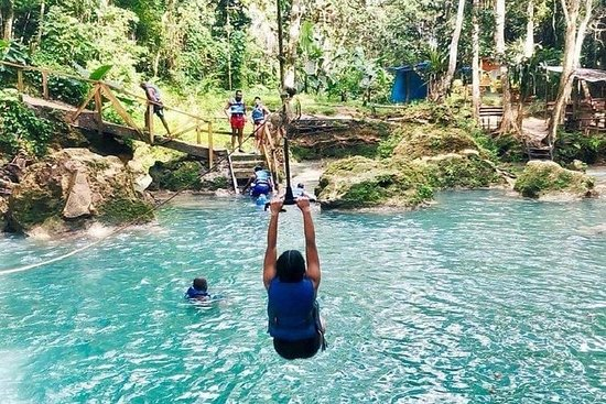 Blue Hole en Secret Falls privétour ...
