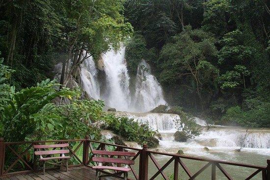 Privat tur til Kuang Si Falls og må...