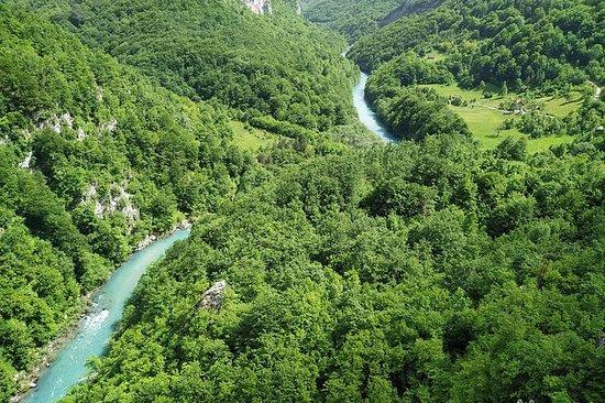 Moraca Canyon- Tara Canyon- Black...