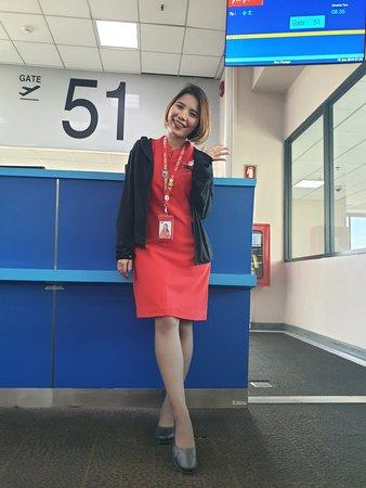AirAsia - Thai AirAsia : 15-6-2019. ขอแนะนำ คุณ ณัฐสุดา เชื้อไทย GSA สนามบินดอนเมือง ประตูทางออก 51 ถือเป็นอีกหนึ่งความใส่ใจที่ต้องแนะนำ ขอบคุณ