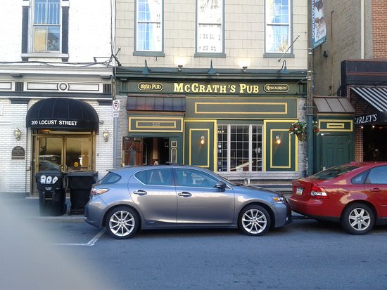 ‪McGrath's Pub‬
