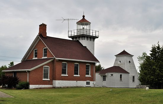 Sturgeon Bay, WI: Sherwood Point Lighthouse
