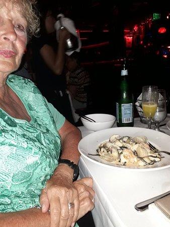 Cafe Prima Pasta: Cena espectacular!!