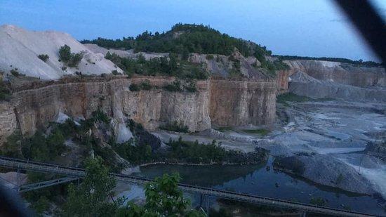 Hanson Aggregates Quarry Observation Deck