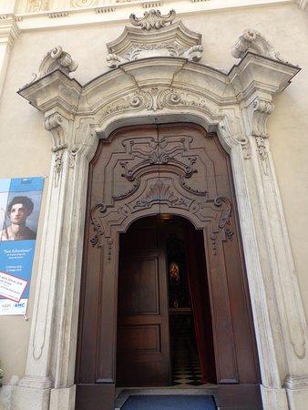 Porta de entrada.