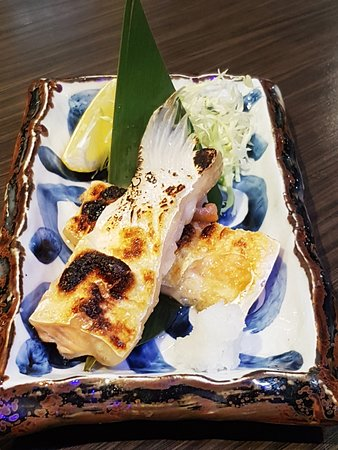鹽燒三文魚腩