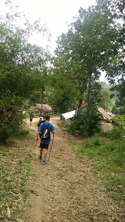 welcome to lahu hill tribe village