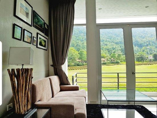 The Midst@ Royal hills Nakornayok