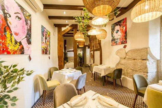 Tres espacios diferentes donde disfrutar de nuestra mejor gastronomía. Ven a disfrutar de nuestros platos, de nuestro espacio y de nuestro trato. Ven a Arrabal Madrid