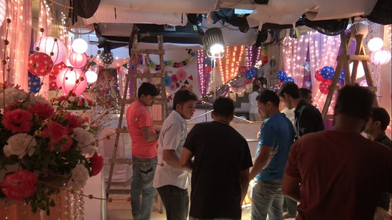 Bollywood Tour in Mumbai - Go Behind the Scenes: 6