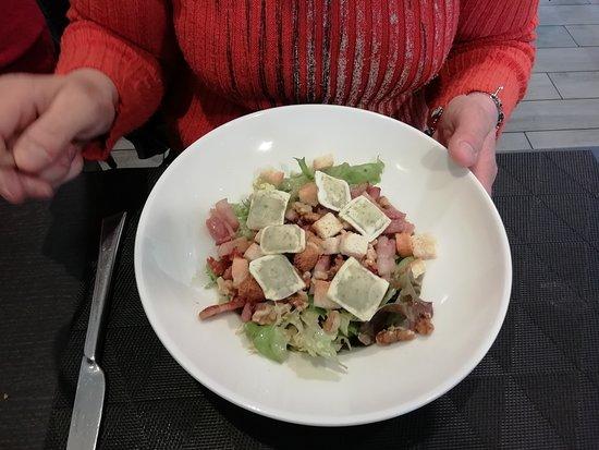 Salade Lyonnaise Ravioles Picture Of A 4 Mains Salaise Sur
